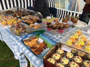 bright tasty spring fair cakes!